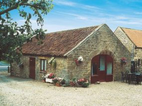 Dog Friendly Accommodation Nr East Layton | Mill Cottage North Yorkshire | Pet Holiday Finder